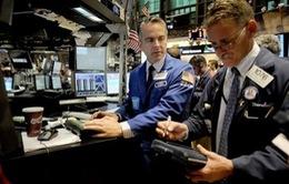 FED bớt lạc quan về đà phục hồi kinh tế Mỹ
