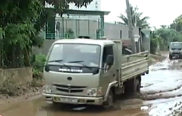 Kon Tum: Thi công đường làm ảnh hưởng đến cuộc sống của nhiều hộ dân