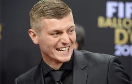 Toni Kroos cay cú vìMessi xếp trênNeuer
