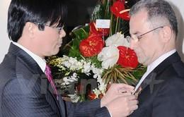 Trao Kỷ niệm chương hữu nghị tặng cựu Đại sứ Iran tại Việt Nam