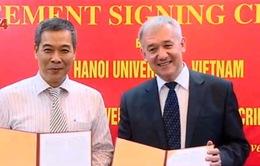Đại học LB Crimea - Đại học Hà Nội ký kết hợp tác đào tạo