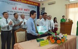 Khánh Hòa: Người dân đầu tiên ký kết vay vốn đóng tàu