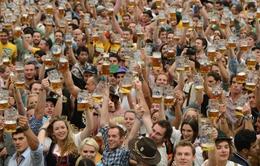Hàng triệu du khách tham dự lễ hội bia Oktoberfest lần thứ 182 ở Đức