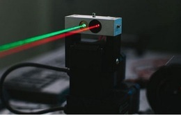 Facebook cung cấp Internet bằng… laser