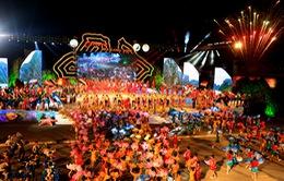 Rực rỡ lễ khai mạc Carnaval Hạ Long 2015