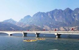 Độc đáo lễ hội đua thuyền Quỳnh Nhai - Sơn La