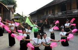 Bảo tồn văn hóa Thái bằng phong trào văn nghệ