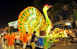 Rực rỡ Lễ hội rước đèn Trung thu lớn nhất Việt Nam