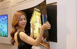 LG khẳng định đẳng cấp với TV OLED mỏng hơn cả smartphone
