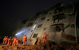 Lở đất ở Trung Quốc: Cứu thêm được 7 người trong đống đổ nát