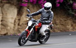 Nên hay không việc bật đèn xe máy vào ban ngày ở Việt Nam?