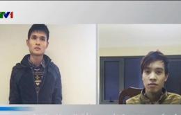 Hà Nội: Bắt 2 kẻ lừa đảo nạp thẻ điện thoại khuyến mại