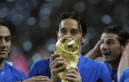 Nhà vô địch thế giới Luca Toni tuyên bố giải nghệ
