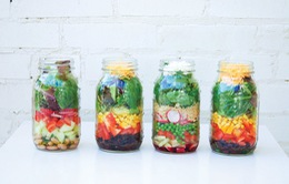Các cách sáng tạo tận dụng những chai thủy tinh bỏ đi