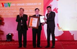Lương y Phùng Tuấn Giang nhận Kỷ lục châu Á, Đĩa vàng Khoa học