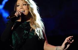 Fan tức giận vì Mariah Carey hát nhép
