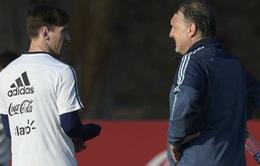 HLV Martino tiếc chưa muốn loại Messi khỏi ĐT Argentina