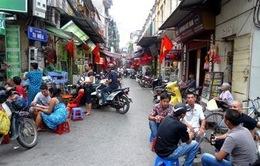 Hà Nội: Nhiều hộ kinh doanh khốn đốn vì mất nước