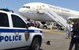 Chiến đấu cơ Mỹ hộ tống máy bay của Air France bị đe dọa khủng bố