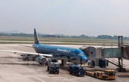 Vietnam Airlines lùi giờ bay, dùng tàu bay lớn chở khách vì bão Dujuan