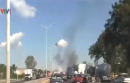 Mexico: Máy bay quân sự bị trúng đạn của tội phạm ma túy