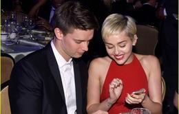Miley đã quay lại với bạn trai ngoại tình