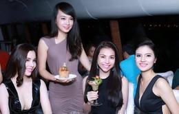 Vua đầu bếp Minh Nhật làm khách quốc tế nhạc nhiên vì cocktail... bánh mì