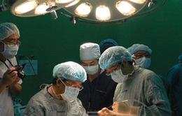 Phẫu thuật miễn phí cho trẻ sứt môi Việt Nam