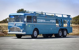 Chiêm ngưỡng chiếc xe chuyên chở F1 được phục chế
