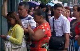 Facebook và Twitter - bạn đồng hành của người dân Venezuela