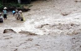 Sơn La: Mưa lớn gây sạt lở, nhiều nhà bị lũ cuốn trôi