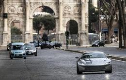 James Bond chi 36 triệu USD chỉ để…phá xe