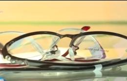 Tư vấn lựa chọn và sử dụng kính khi bị tật khúc xạ