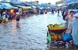 Mưa lớn gây ngập nặng nhiều khu dân cư tại TP.HCM