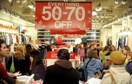 Nhiều cửa hàng lớn tại Mỹ giảm giá trước ngày Black Friday