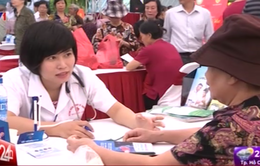 """Sôi nổi """"Ngày hội sức khỏe người Việt"""" lần đầu tiên"""
