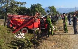 Ninh Thuận: Lật xe chữa cháy, 8 chiến sĩ cảnh sát bị thương