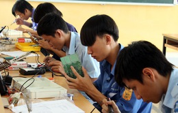 Học sinh, sinh viên học nghề hệ chính quy được hỗ trợ lương hàng tháng