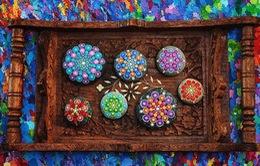 Chiêm ngưỡng tác phẩm nghệ thuật tuyệt đẹp trên sỏi đá