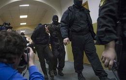 Nghi phạm sát hại ông Nemtsov tự sát