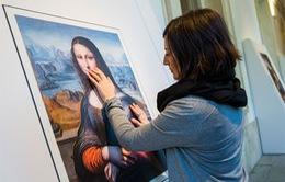 Tây Ban Nha đưa các tác phẩm hội họa đến với người khiếm thị
