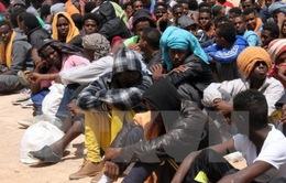 Libya: Lật thuyền chở người di cư, hàng trăm người thiệt mạng