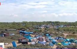 Rác thải bủa vây người nhập cư tại Pháp