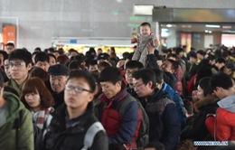 Trung Quốc tăng cường năng lực vận tải hành khách dịp Tết
