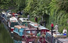 Người dân London ra sống trên sông do giá nhà đất đắt đỏ
