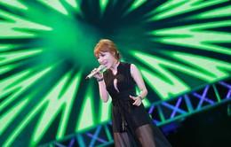 """Nhật Thủy """"Tỉnh giấc"""" tại Vietnam Idol 2015"""