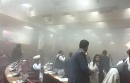 Nổ bom, đấu súng tại trụ sở Quốc hội Afghanistan