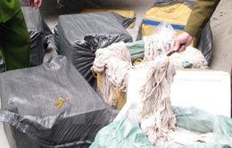 Bắt vụ vận chuyển hơn 900kg nội tạng động vật đang phân hủy