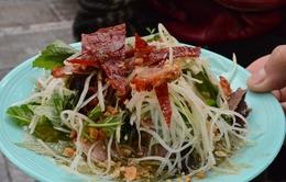 Nộm bò khô - món ăn vặt nổi tiếng tại Hà Nội