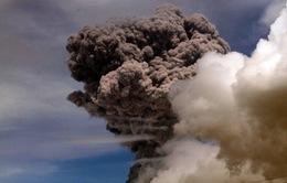 Núi lửa Cotopaxi phun trào, Ecuador ban bố tình trạng khẩn cấp